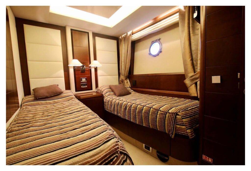 Azimut 75 2008_Sayfa_19