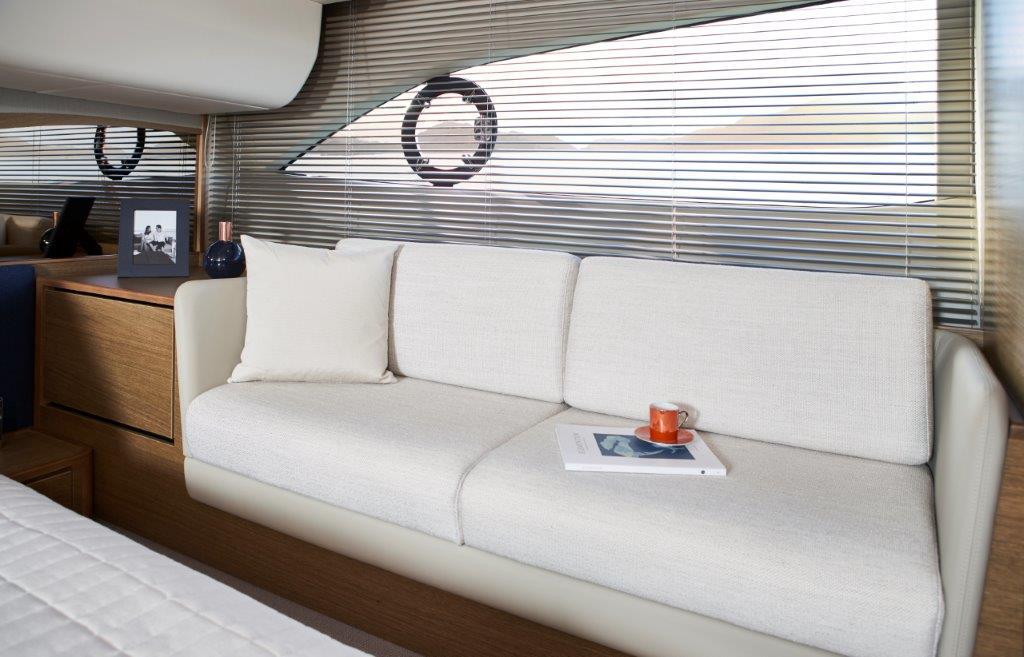 princess-f45-master-cabin-detail-1-rt