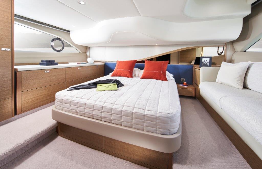 princess-f45-master-cabin-rt